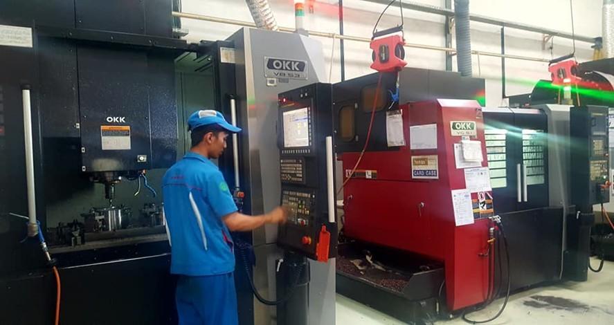 1 unit Mesin CNC milling OKK V8-53 (1250x600x550)